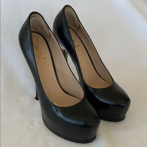 YVES SAINT LAURENT LEATHER PLATFORM PUMPS